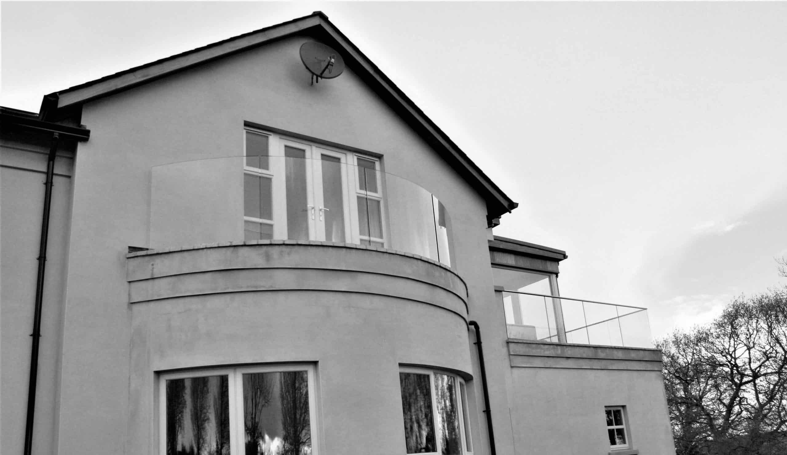 Killmartin - Curved Glass Balcony