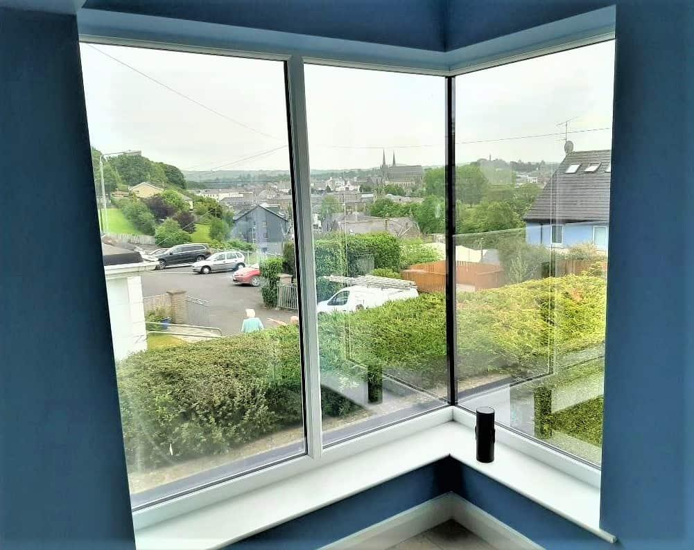 Mc Donnell - Internal Corner Window