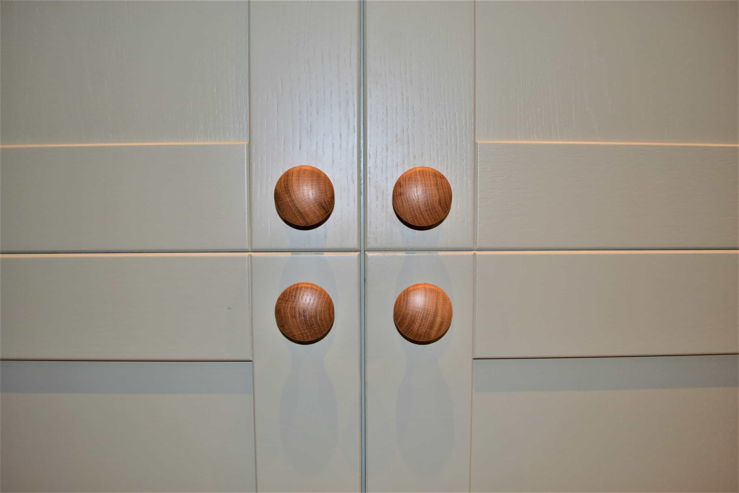 Quigg Dwelling - Units Timber Knob Detail