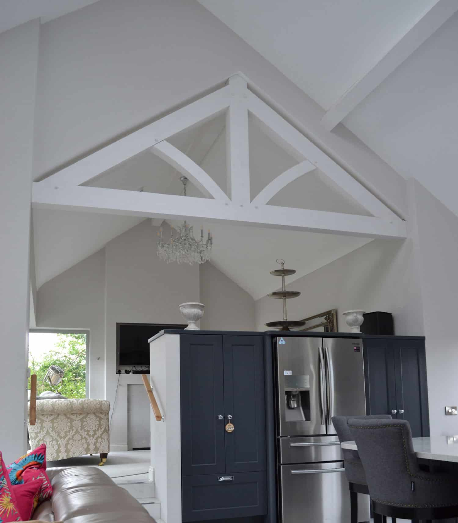 Fleming Dwelling -Feature Truss & Timber Purlins By Glenfort Truss ltd stained off white