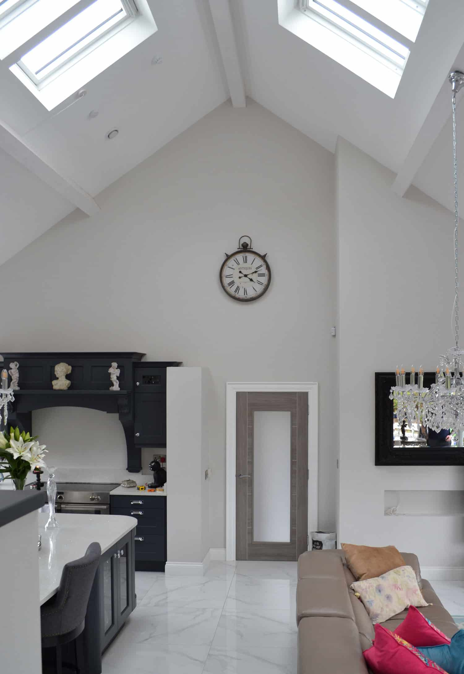 Fleming Dwelling - Vaulted Ceiling With Velux Windows & Painted Timber Beams